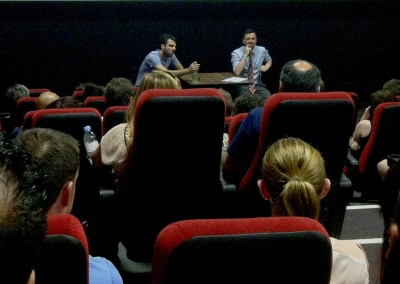 Zachary Quinto in conversation with Gar O'Brien after 'Margin Call'